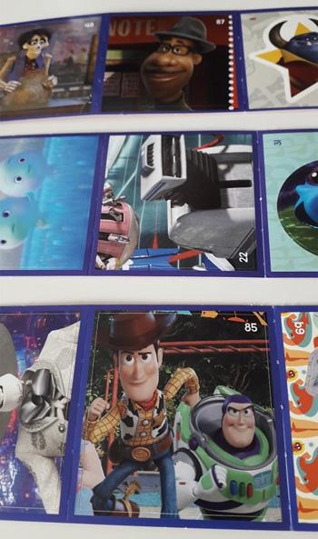 Exemples autocollants Pixar reçus en caisse chez Cora
